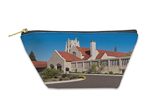 Gear New Accessory Zipper Pouch, Minneapolis Church Front Exterior And Tower, Large, 5463799GN by Gear New