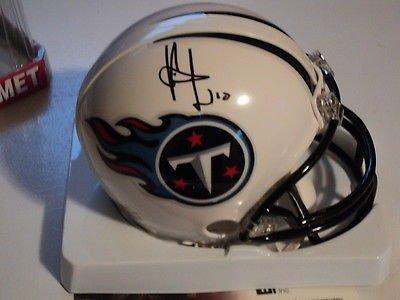 Vince Young signed Titans mini helmet, w/ COA, #10 ()