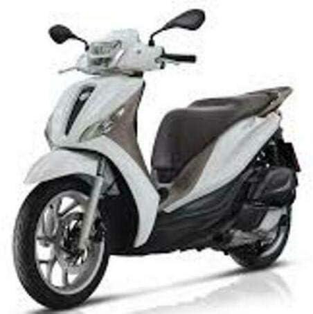 Windshield Piaggio Medley 125-150cc from 2020 onwards cod.23546 Faco screen