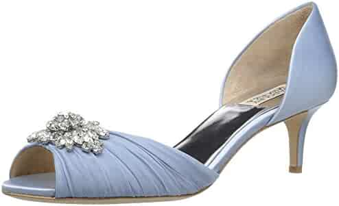 Badgley Mischka Women's Sabine Pump