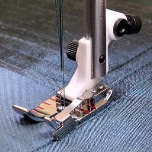 "1//4/"" EDGE STITCHING  FOOT FITS HUSQVARNA VIKING SEWING MACHINES #4129141-45"
