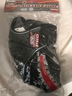 Street Hockey Goalie Catch Glove 10.5 ' R Pro 1300 by Street Extreme
