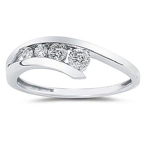 1/4 Carat TW Diamond Journey Ring in 14K White ()