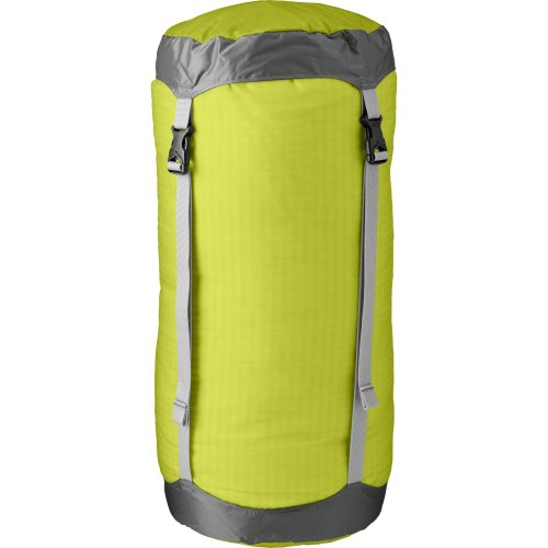 (Outdoor Research Ultralight Compression Sack 20L, Lemongrass, 1Size)