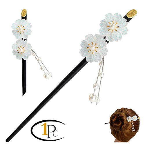 FINGER LOVE Glittered Gradient Flowers Acrylic Hair Stick with Pearl Tassels (White)