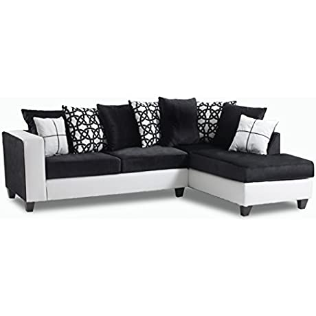 Brinley Sectional In Black And White 733644