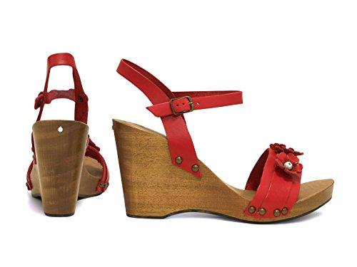 Cuñas de madera del talón sandalias en cuero de becerro rojo - Número de modelo: 090 ROSSO Rojo