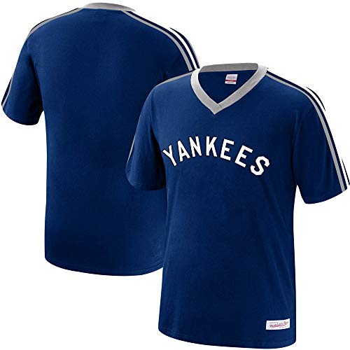 Mitchell & Ness New York Yankees MLB Men's Overtime Win Vintage V-Neck T-Shirt (Medium)