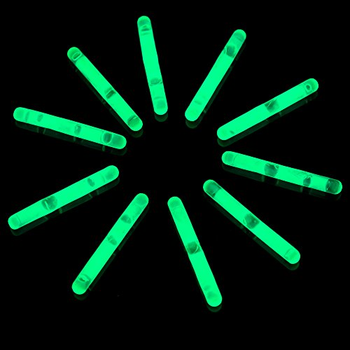 Fun Central U3, 50 Pcs 1.5 Inches Green Mini Glow Sticks, Glow Sticks Wholesale, Fishing Float, Light up Glow Toys, Glow Mini Stick, Glow Sticks Party Pack for St. Patrick's Day, Rave and Night Party