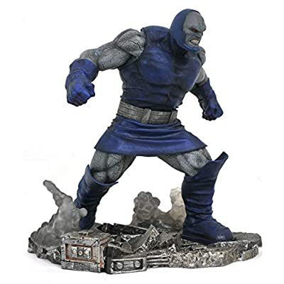 DIAMOND SELECT TOYS DC Gallery Darkseid Deluxe PVC Figure, Multicolor, Standard: Toys & Games