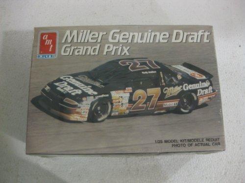 AMT Ertl Miller Genuine Draft Grand Prix 1:25 Scale Model Kit Number 6961