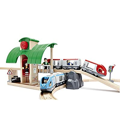 BRIO World - 33512 Travel Switching Set | 42 Piece Train Toy with Accessories and Wooden Tracks for Kids Ages 3 and Up,Multi: Toys & Games