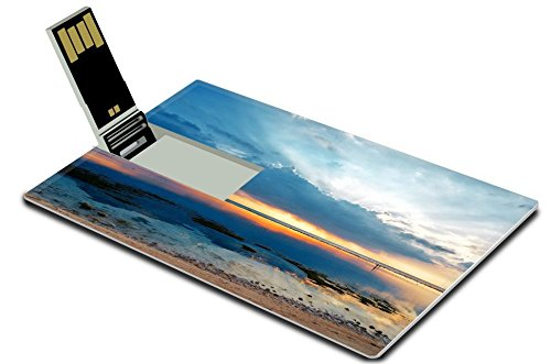liili-32gb-usb-flash-drive-20-memory-stick-credit-card-size-image-id-19152090-tropical-sunset-at-low