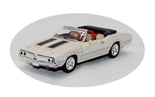 New Ray Newray 1:43 Diecast Oldsmobile 442 W-30 Convertib...