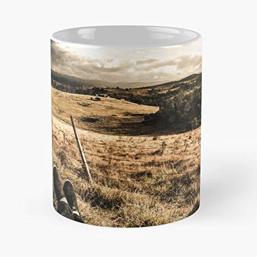 (Rural Farmyard Tasmanian Plain - Handmade Funny 11oz Mug Best Holidays Gifts For Men Women Friends.)