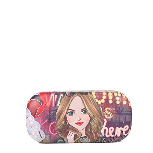 Stylish Clamshell Sunglasses Case With Soft Interior