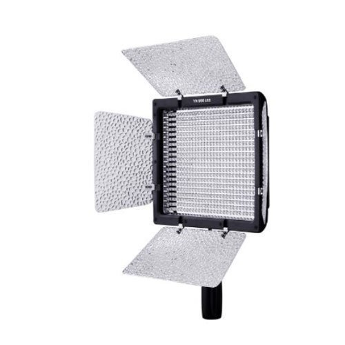 Yongnuo YN-600, 5500K color temperature LED video light for
