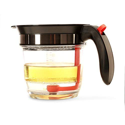 - Best 4 Cups Gravy Separator and Fat Separator (32 Ounces) Makes Healthier Gravy, Soup Or Sauce Grease-Free, 1 Liter Measuring Capacity Cup and Strainer Filter, Heat Resistance By Vebo