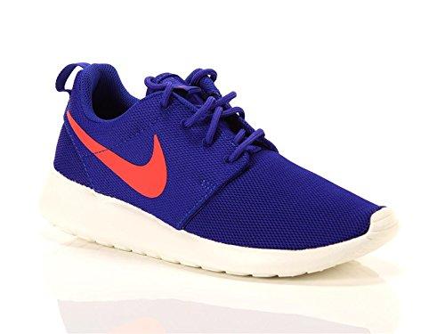 5fff51015ff7 Galleon - Women s Nike Roshe One Sneaker (9