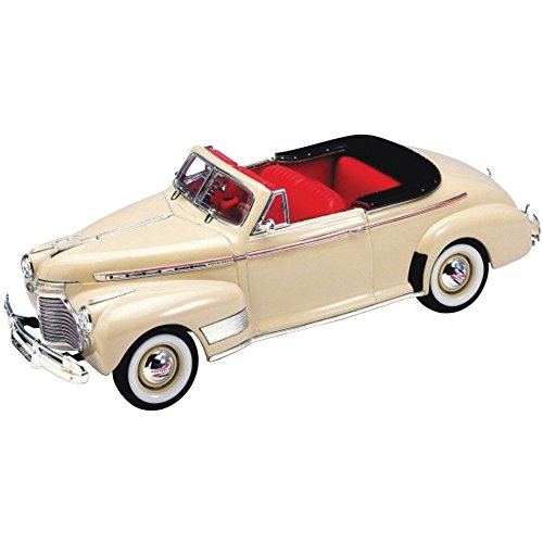 Deluxe Convertible Car Seat (1941 Chevrolet Deluxe Convertible Die Cast - 1:24 Scale Replica - 7.5