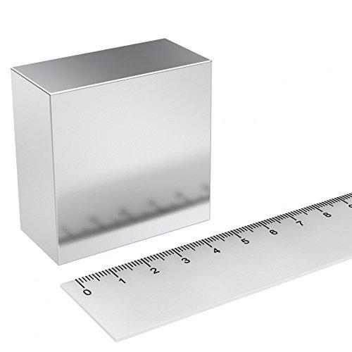 Magnete Parallelepipedo al neodimio 50x50x25 mm Grado N52 130 KG magnetizzato da 25mm MTS Magnete