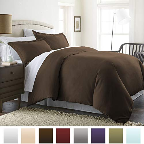 Beckham Hotel Collection Luxury Soft Brushed 1800 Series Microfiber 3 Piece Duvet Cover Set - Hypoallergenic - Full/Queen, Chocolate