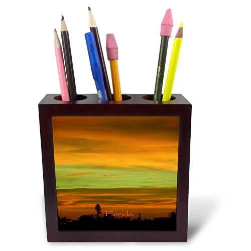 3dRose Lens Art by Florene - Florida Sunsets - Image of Rare Green Flash in Coppery Sunset Florida Sky - 5 inch Tile Pen Holder (ph_300381_1)