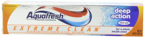 Aquafresh Extreme Clean with Micro-Active Foaming Action and Whitening Deep Action, Mint Zest, 5.6 -Ounce Tube (Pack of 6)