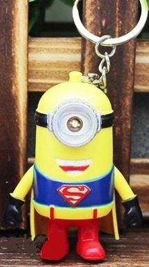 Amazon.com: Minion Superman luz y sonido llavero: Toys & Games