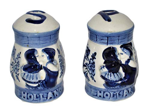 - Vintage Delft Blue Holland Kissing Couple In Basket w/Floral Pattern 3 Inch Porcelain Salt & Pepper Shakers