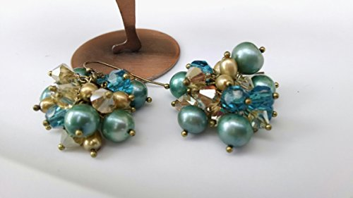 (Freshwater pearl teal, brass, cluster earrings)