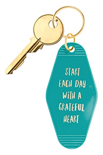 """(Bops Retro Motel/Hotel Style Keychain """"Start Each Day With A Grateful Heart"""" Vintage Inspired Keychain + Inspirational Quote)"""