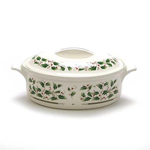 Casserole Holly (Holly Holiday by Royal Limited, China Casserole Dish, Lid)