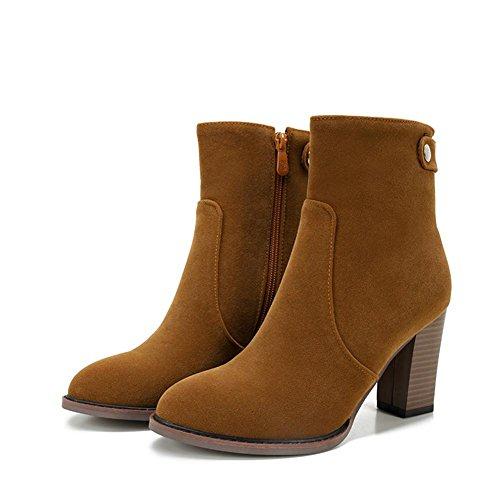 Hebilla de cinturón de lijado Tubo Corto Chunky Heels–Botas marrón