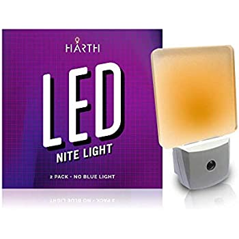 Maxxima Mln 50a Amber Led Night Light With Dusk To Dawn