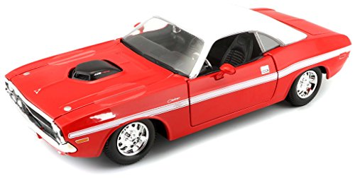1970 Coupe - Maisto 1:24 Scale 1970 Dodge Challenger R/T Coupe Diecast Vehicle (Colors May Vary)