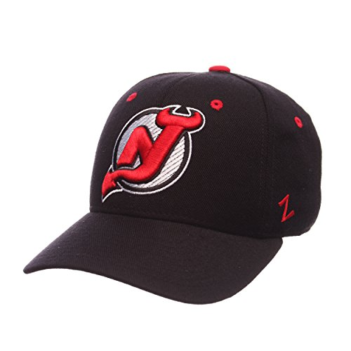 Zephyr NHL New Jersey Devils Men's Power Play Fitted Hat, Size 7 3/8, Black