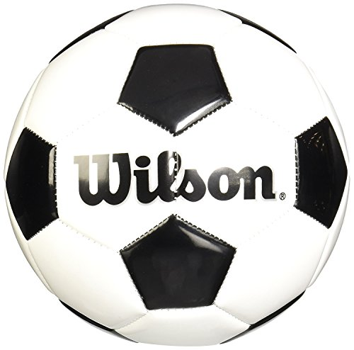 (Wilson Traditional Soccer Ball - Size 3)