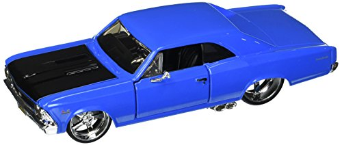 Maisto 1:24 W/B Classic Muscle - 1966 Chevrolet Chevelle SS 396