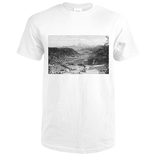 Glenwood Springs, Colorado - Traver Ranch View; Roaring Fork River Valley Photograph (Premium White T-Shirt - Valley Glenwood