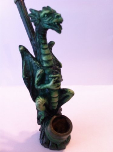 (Handmade Tobacco Pipe, Perched Dragon)