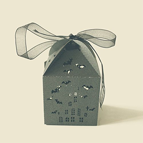 50pcs Bat Hollowed-out Design Wedding Favors Candy Boxes Halloween Party Gift Favor Treat Candy Paper Boxes