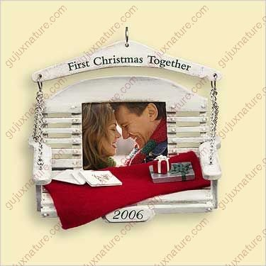HALLMARK KEEPSAKE FIRST CHRISTMAS TOGETHER 2006 ()