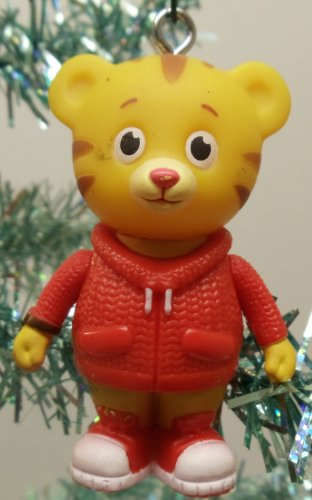 Amazon.com: Daniel Tiger's Neighborhood 5 Piece Holiday Christmas ...