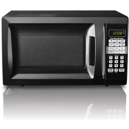 Hamilton Beach 0.7 cu ft Microwave Oven , features Child-safe lockout, 10 power levels (Black)