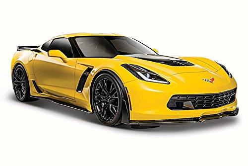 Maisto 2015 Chevy Corvette Z06, Yellow 31133 - 1/24 Scale Diecast Model Toy ()
