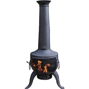 Chimenea Grande Negra hecha de metal y hierro fundido con ...