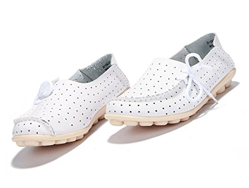 Lucksender Mujeres Round Toe Breathable Pierced Comfort Driving Mocasines Zapatos Blanco