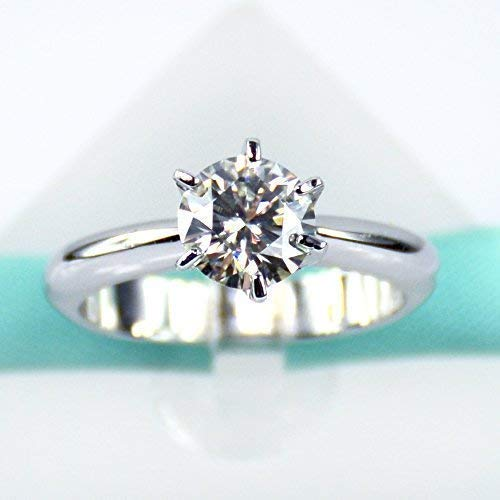 (1Carat Moissanite Diamond Solitaire Engagement Ring)