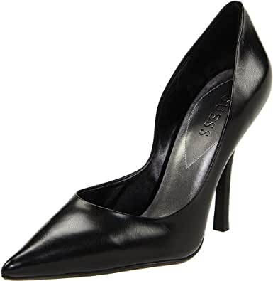 Guess Women's Carrie Pump,Black,5 M US